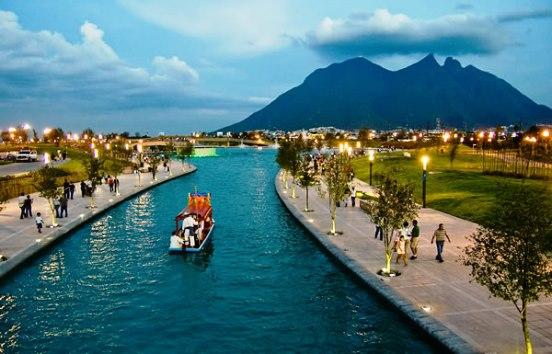Paseo Santa Lucía, Monterrey