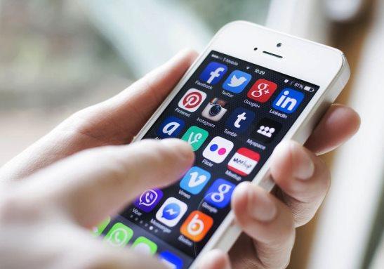 Adicción de las redes sociales en México